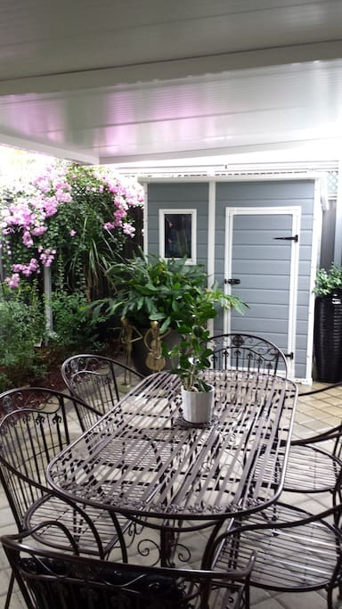 Rear courtyard. A quiet tranquil place to enjoy a glass of wine or a cuppa.