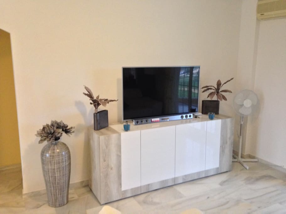 Large tv with access to full tv package.