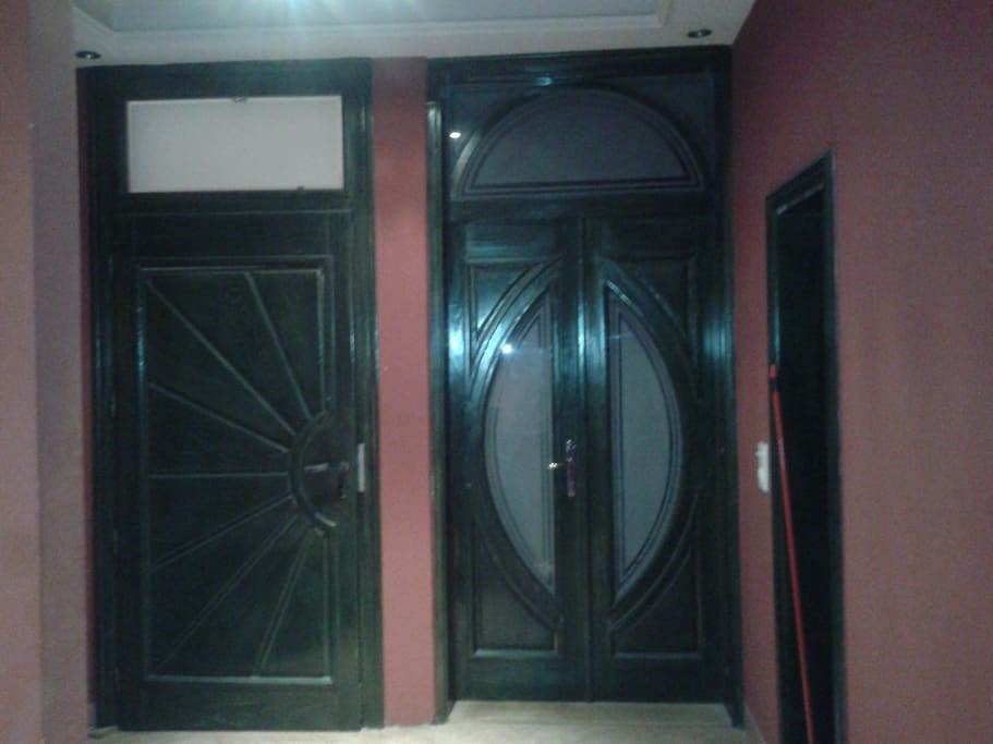 The entrance to small room
