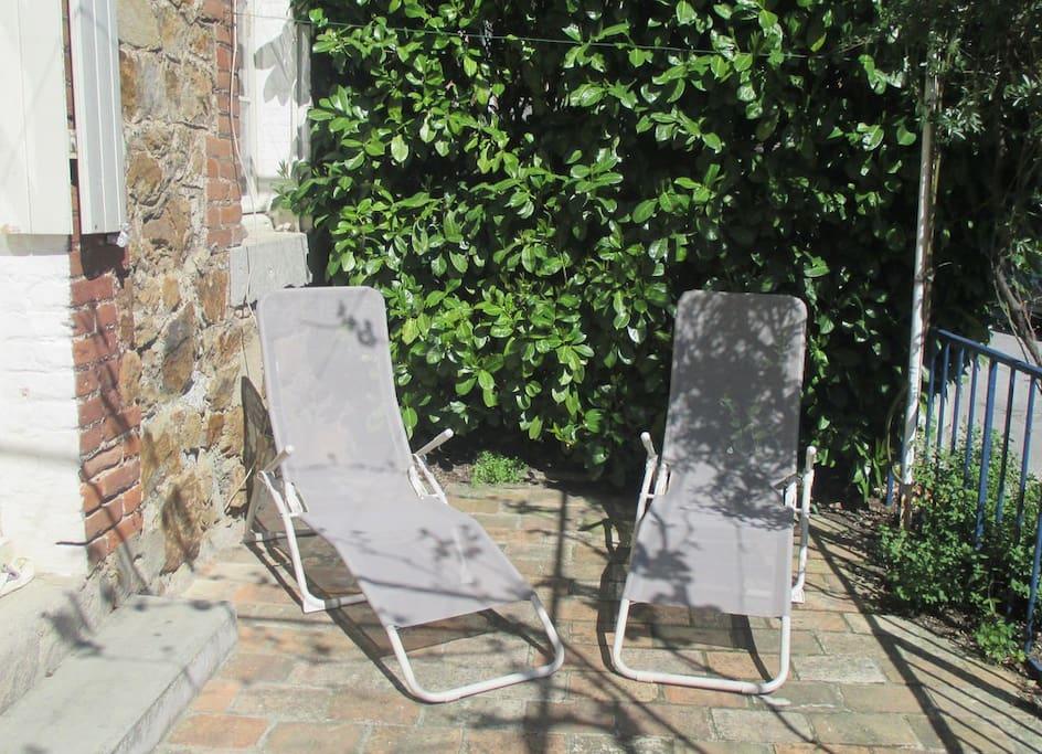 """2 Chaises """"bain de soleil"""""""