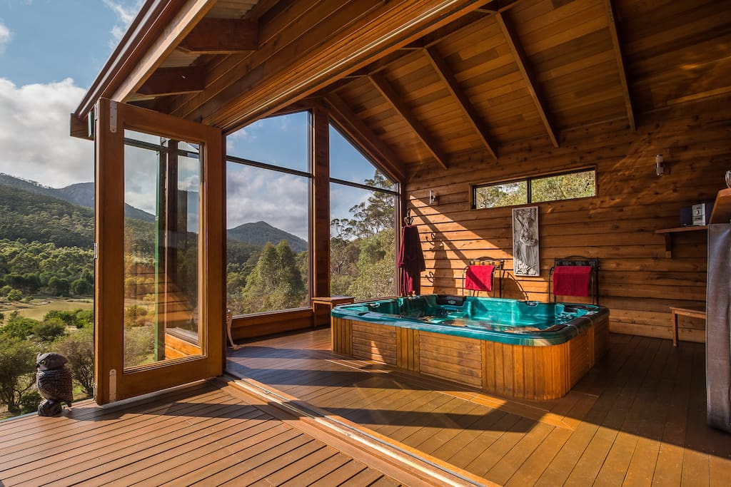 Heated Spa with Spectacular views