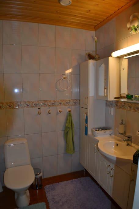 One toilette