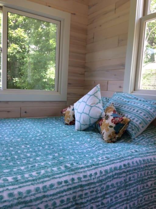 Sleep well. Brand-New Queen Size Bed.