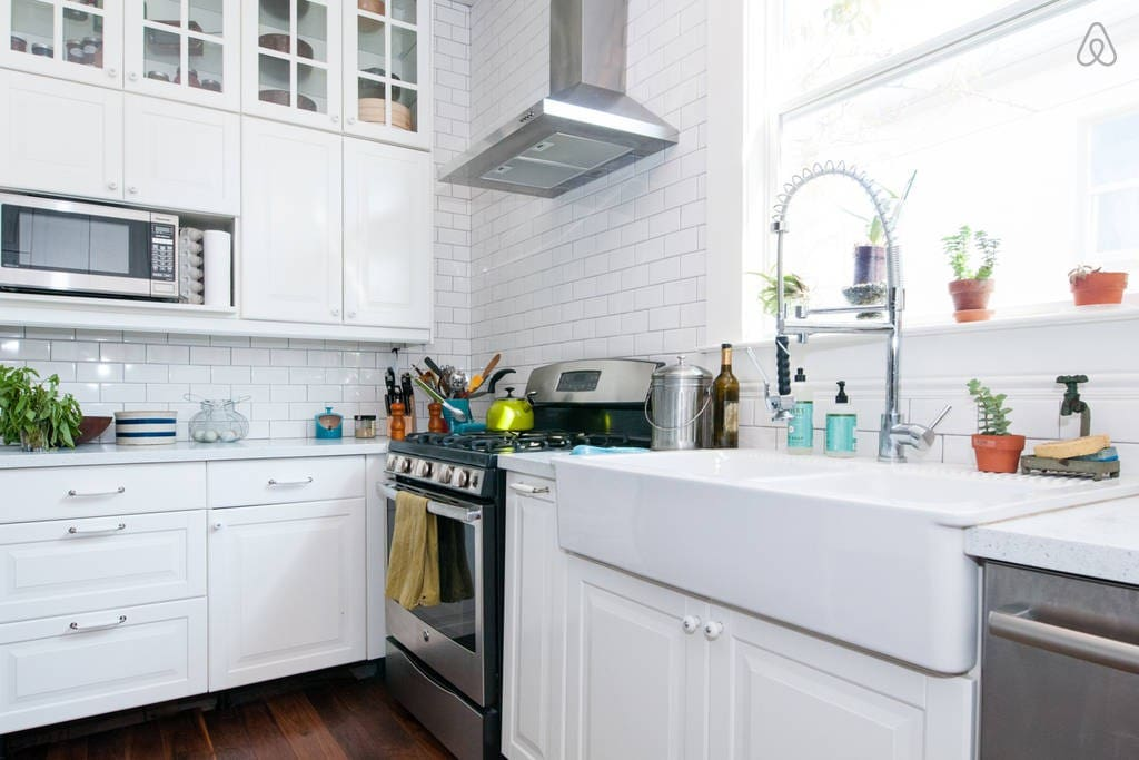 You can do anything in this kitchen