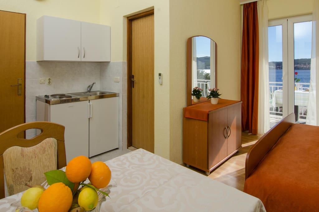 Studio with mini kitchen