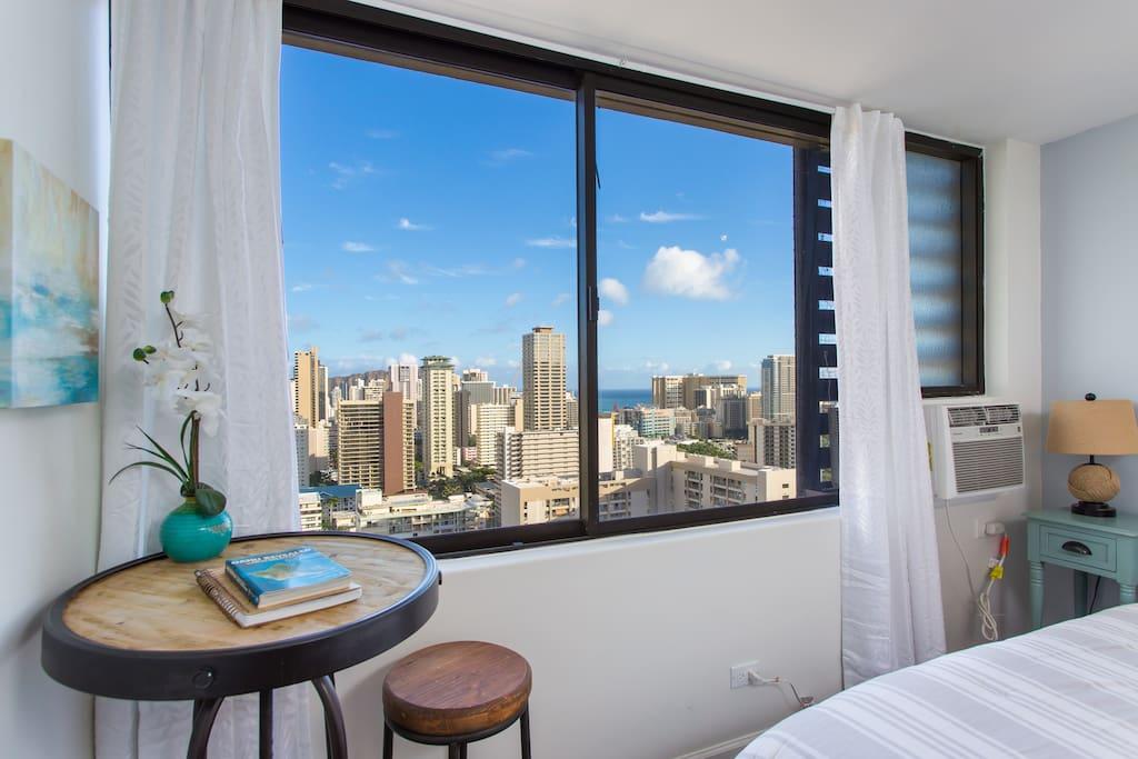 Waikiki & Ocean Views