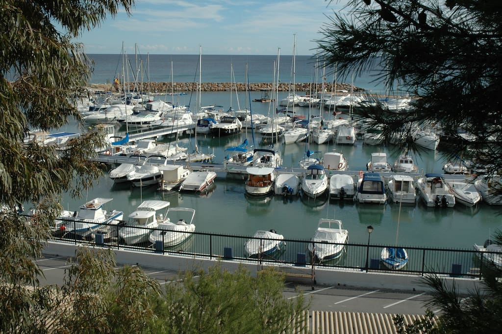 Sport harbour 3 kilometers from home.