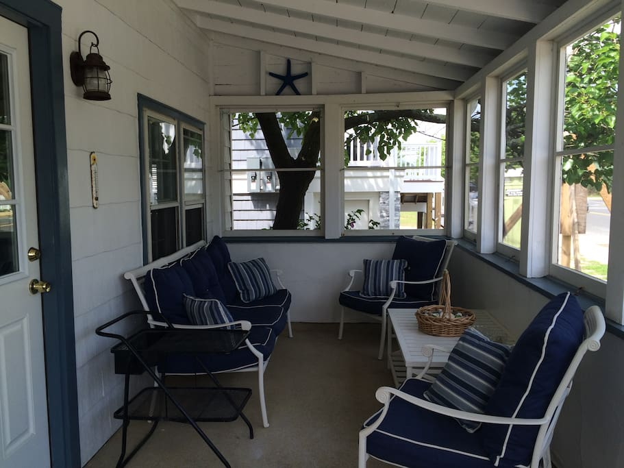 Front porch. There's also a porch swing not pictured