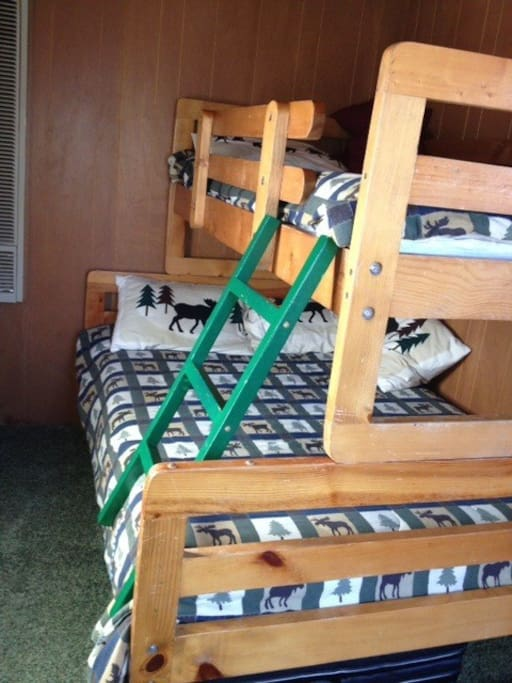 Perfect for children - a twin with single top bunkbed.