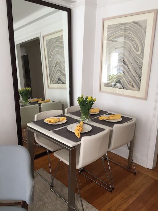 Dining area to feel right at home