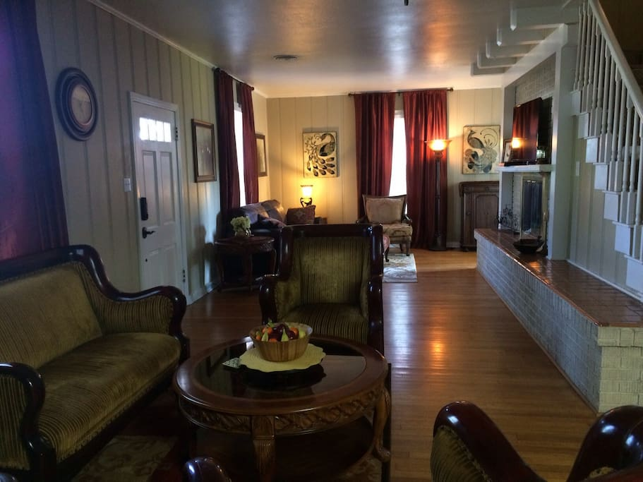 Relax anytime in the parlor and living room. Breakfast buffet is self serve daily with fresh fruit, pre-packaged pastries, cereal, oatmeal, juice, and of course...coffee.