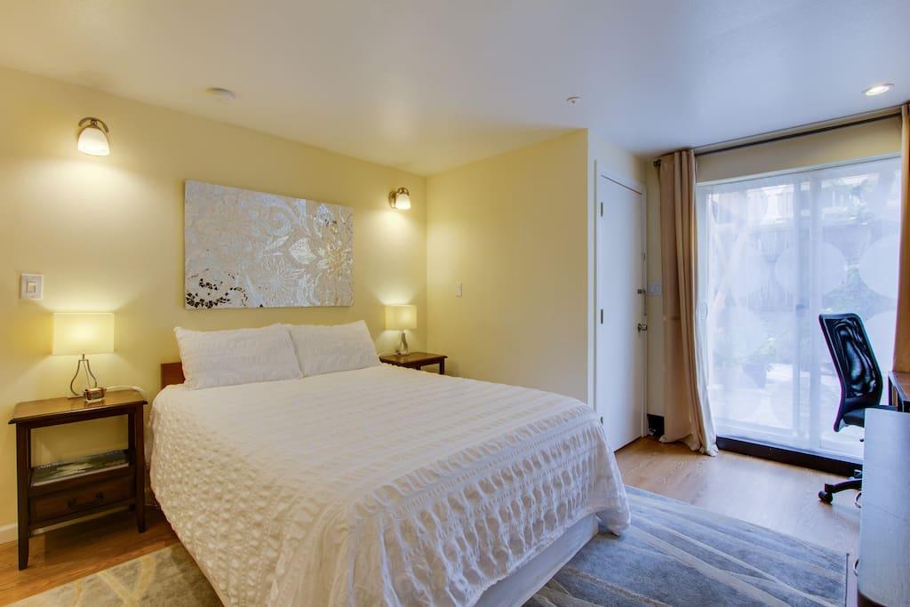 Queen size bed, memory foam mattress
