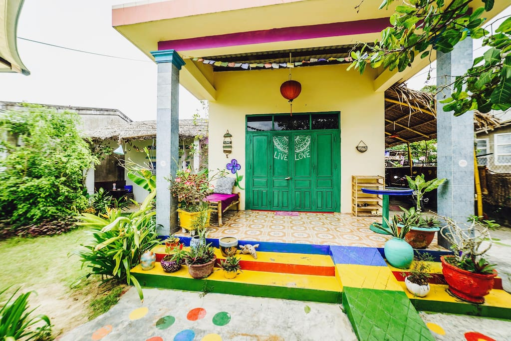 A traditional Vietnamese house in a crazy, sexy, cool look!