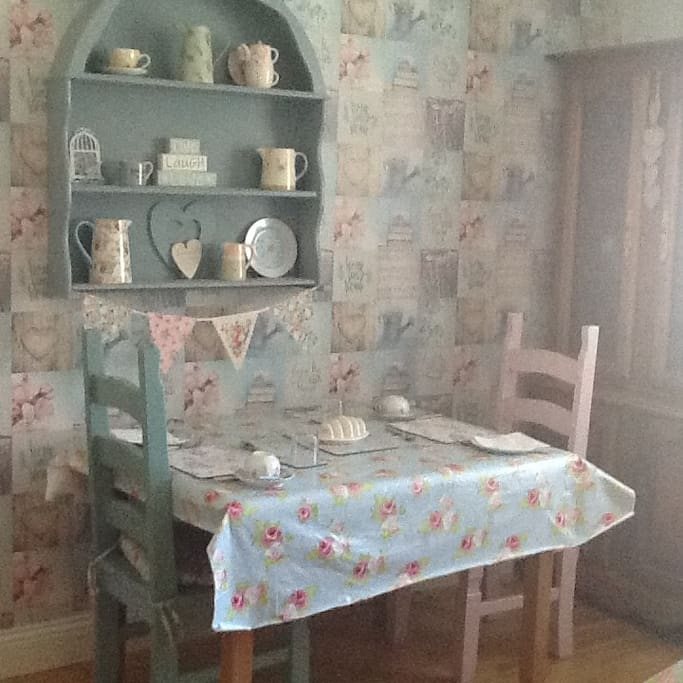 Beautiful Cath Kidston style dining room where a full Irish breakfast is served every morning.
