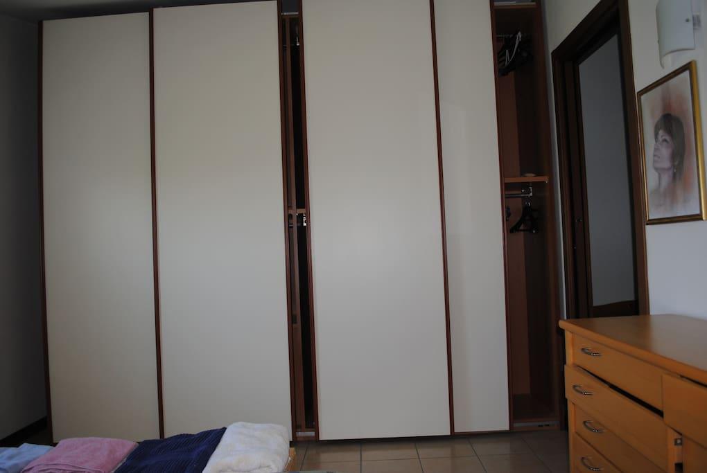 armadio in camera da letto