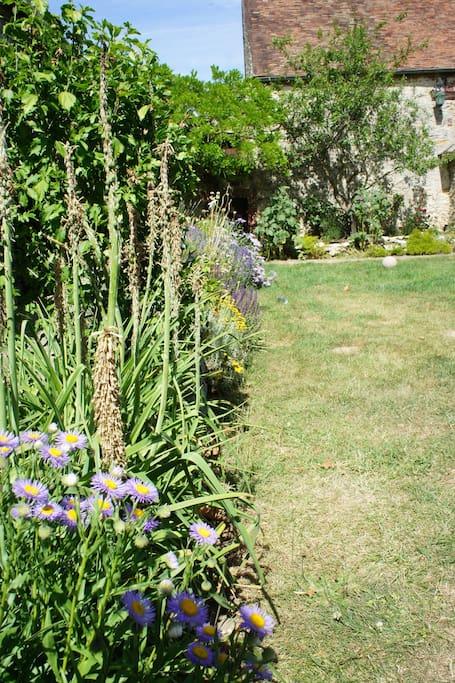 Un havre de paix avec un jardin
