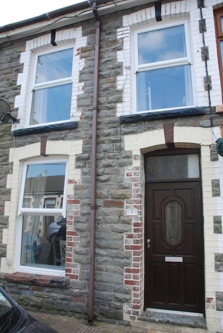 Terrace cottage with modern double glazed sash windows