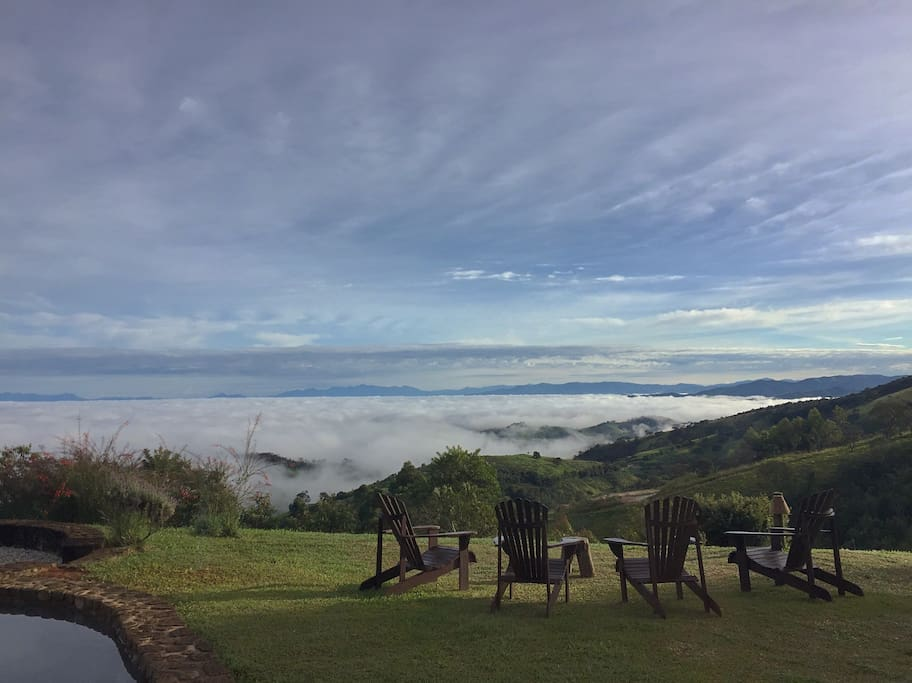 acorde acima das nuvens / wake up above the clouds