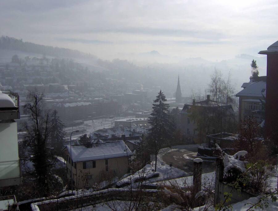 Ausblick vom EZ auf die Stadt (10 Min. zu Fuss entfernt)