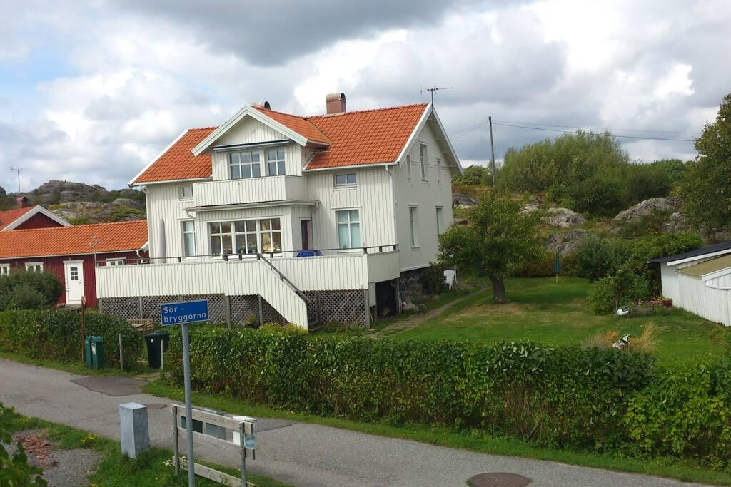 Huset från framsidan