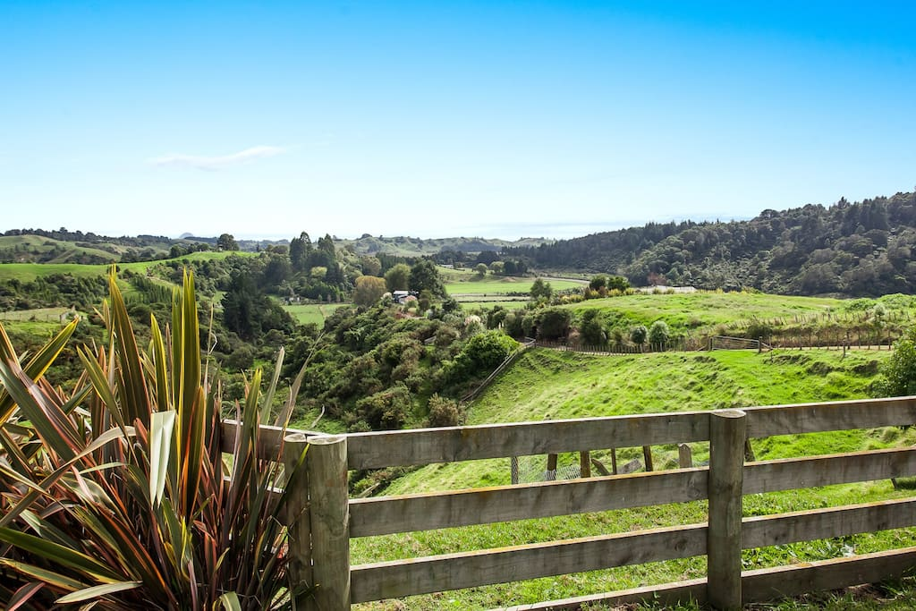 """""""This place is a hidden gem for a New Zealand vacation. It's very isolated and quiet, the view is spectacular, and the space has all you could possibly need!"""""""