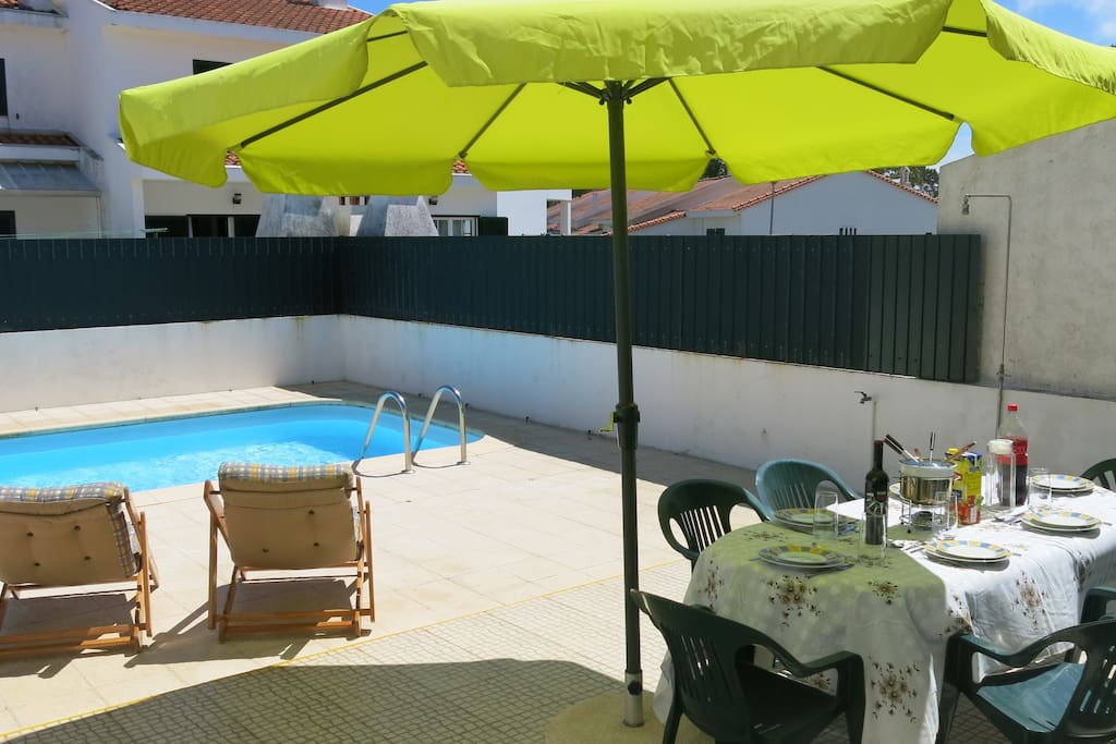 Pool Space & BBQ