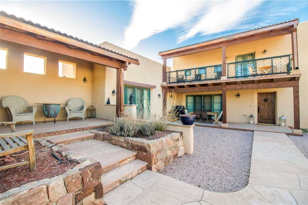 Glorious indoors and out - The home has both a patio and a balcony, so you can make the most of the crisp  breeze, the spectacular mountain view, and the abundant Santa Fe sunshine.