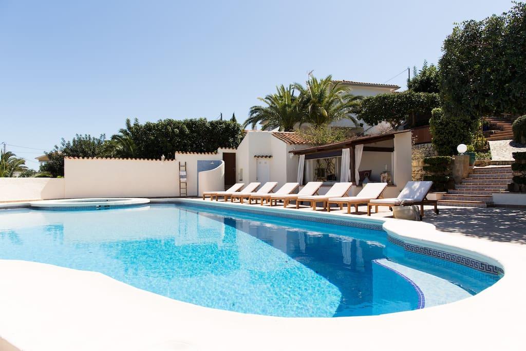 Totally private pool, gazebo & BBQ area
