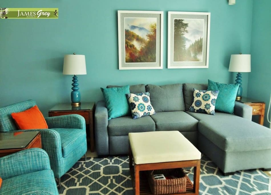 Decor that reminds you of the beautiful ocean-soothing and relaxing