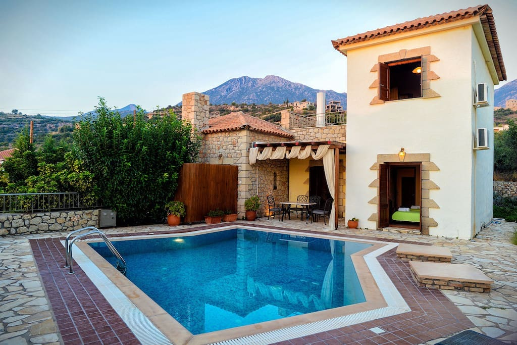 哹.???-yoly?dy??zacyf_olympia villas, villa olyvia (private pool)