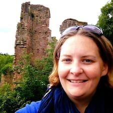 Elly's profile photo