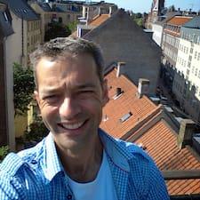 โพรไฟล์ผู้ใช้ Steffen Hogg